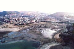 Симферопольское водохранилище обмелело: появились фото и видео