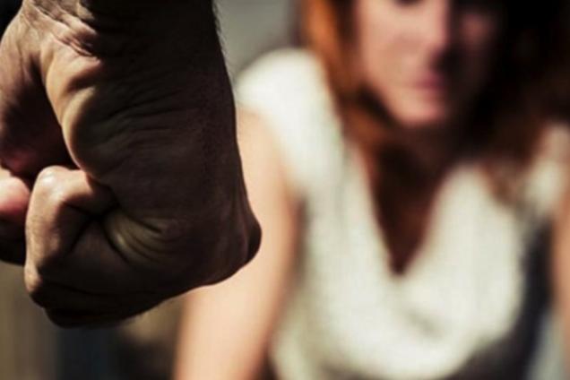 У Кривому Розі в'язень-утікач зґвалтував жінку