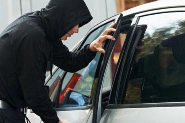 В Одессе дерзкие грабители выкрали из автомобиля $50 тысяч
