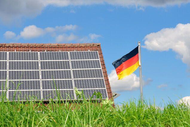 В ЕС решили спасти Европу от распада при помощи 'зеленой' энергетики