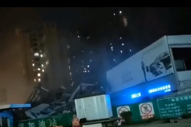В Китае обрушилось здание отеля