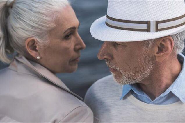 Чому жінки живуть довше за чоловіків: з'явилася відповідь