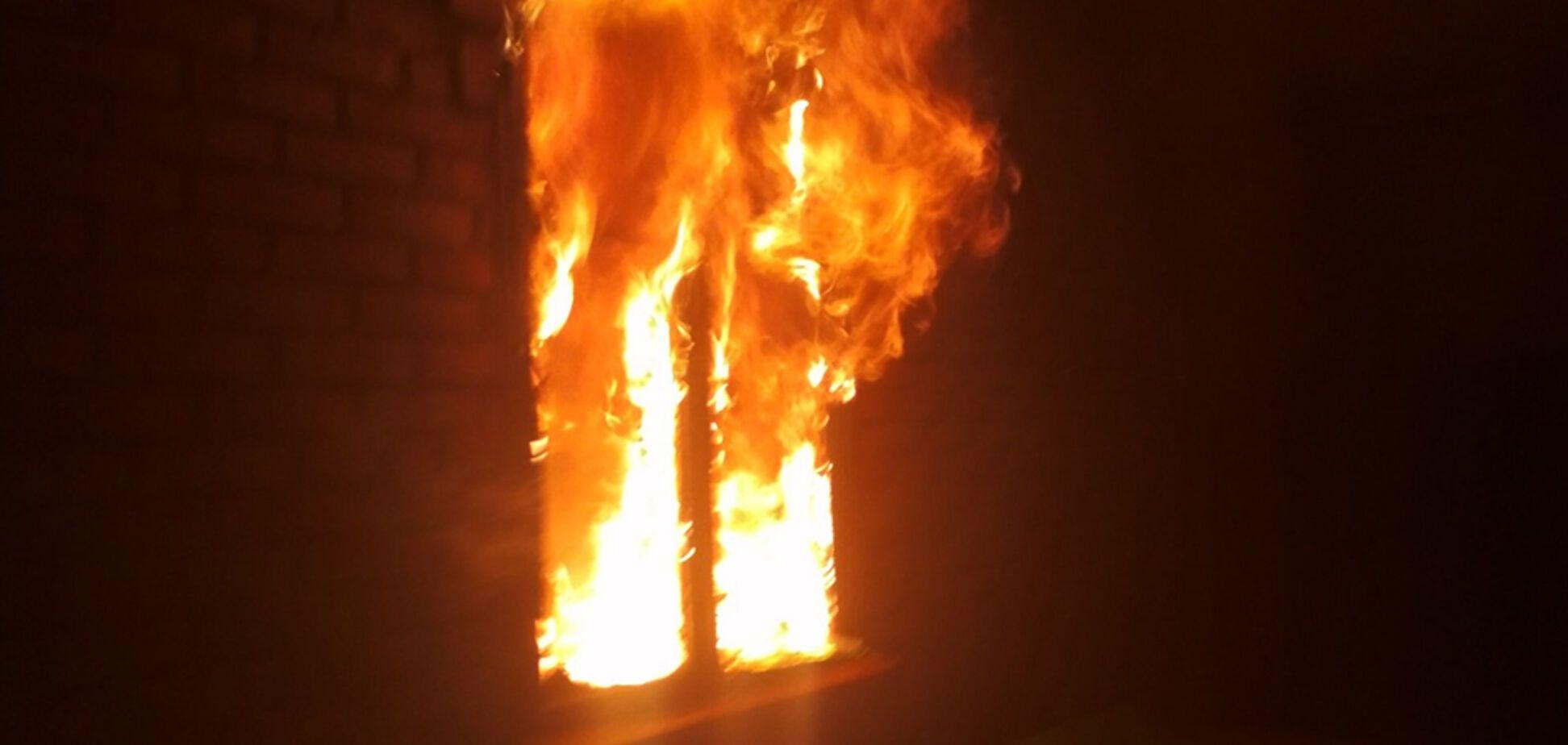 На Днепропетровщине пожар унес жизнь мужчины. Фото с места ЧП