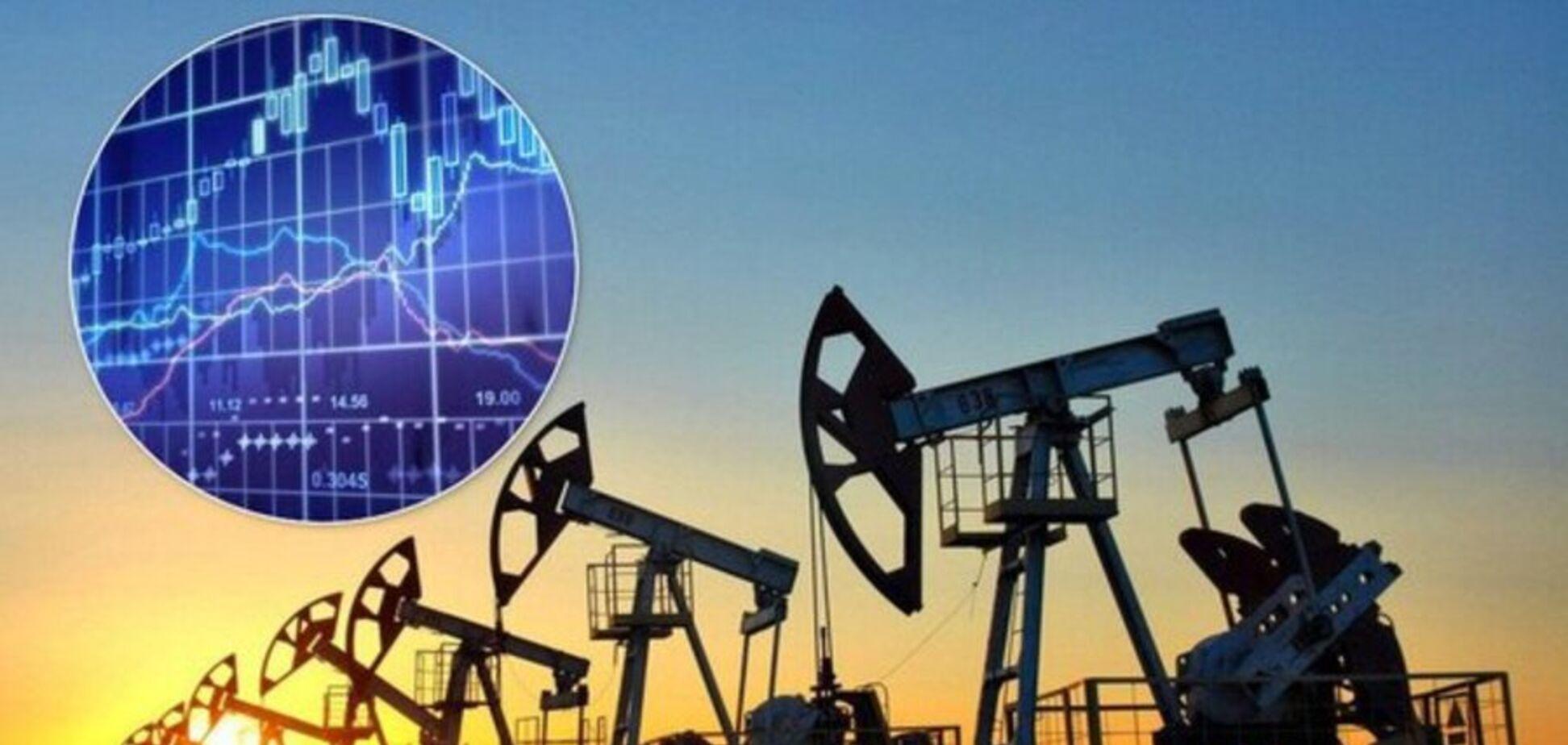 Цены на нефть будут падать: эксперт объяснил причины