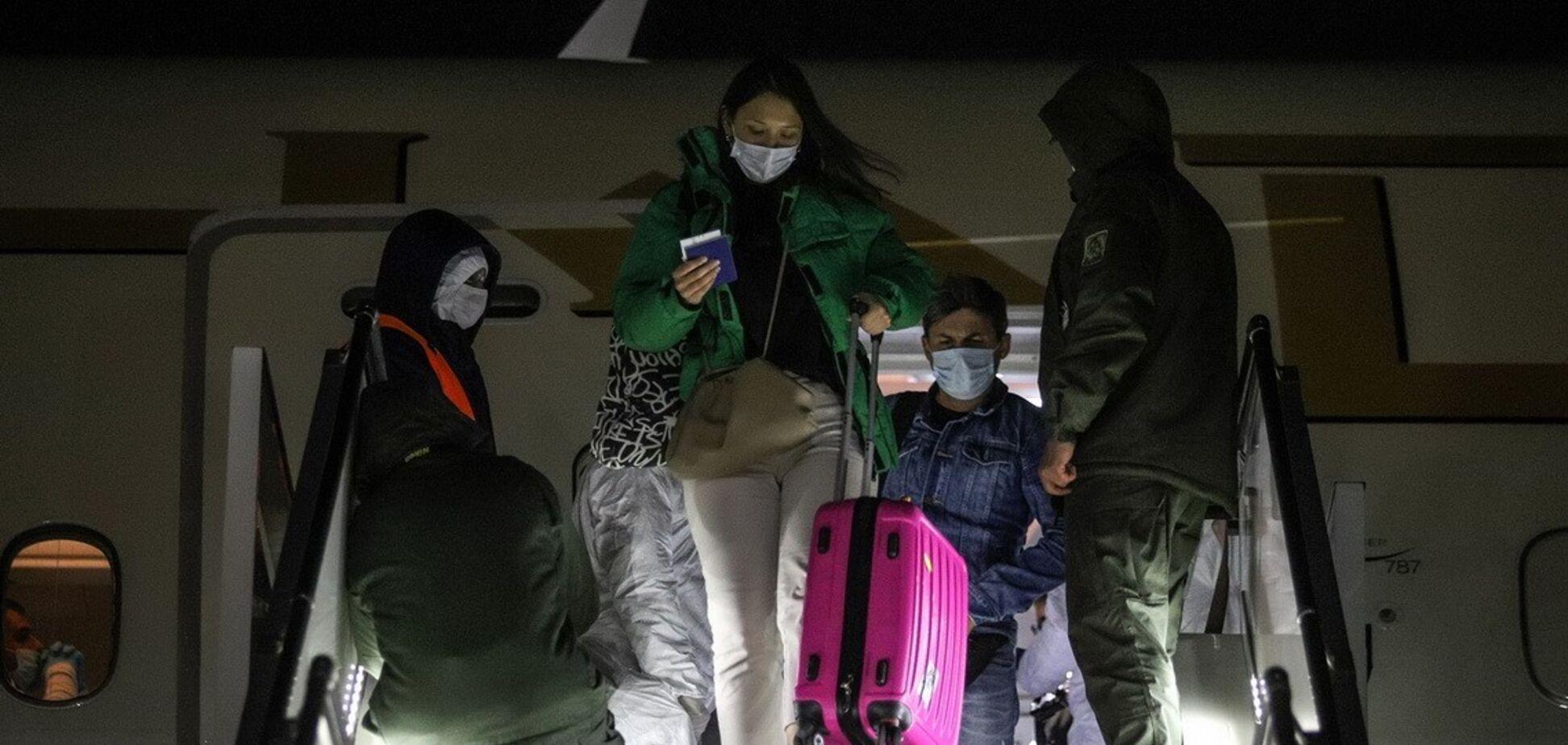 Літаком з ОАЕ 113 громадян повернулися в Україну