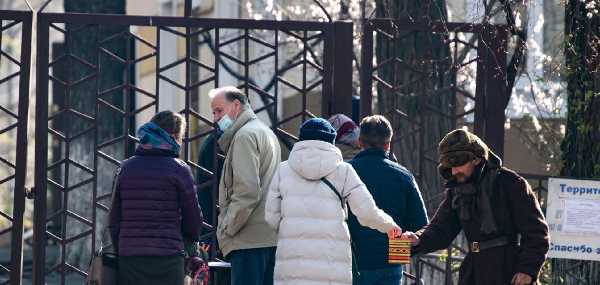 В Україні священників покарали за масові служби в розпал карантину