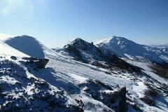 Карпаты замело снегом: появились яркие фото