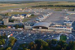 Коли Україна відновить пасажирське авіасполучення: гендиректор 'Борисполя' назвав терміни