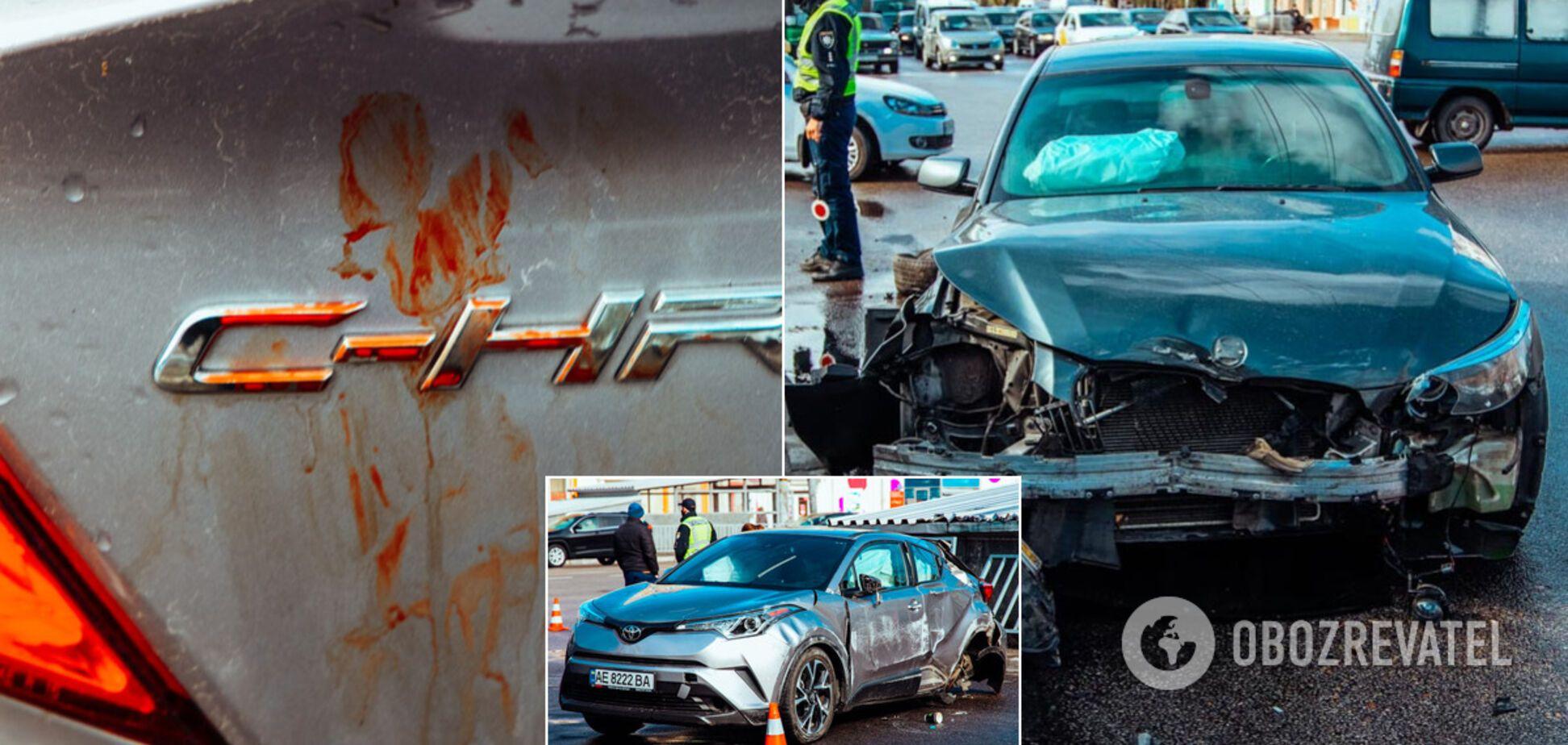 Машина 'всмятку': в Днепре произошло ДТП с пострадавшими. Фото