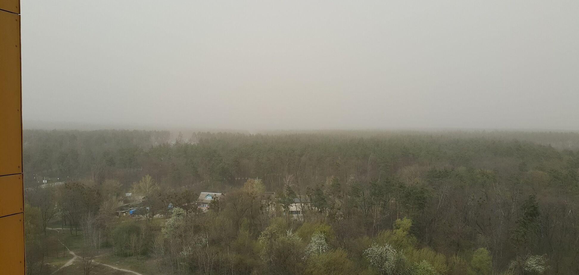 Радиация и пылевая буря на Киевщине: в ГСЧС дали объяснение