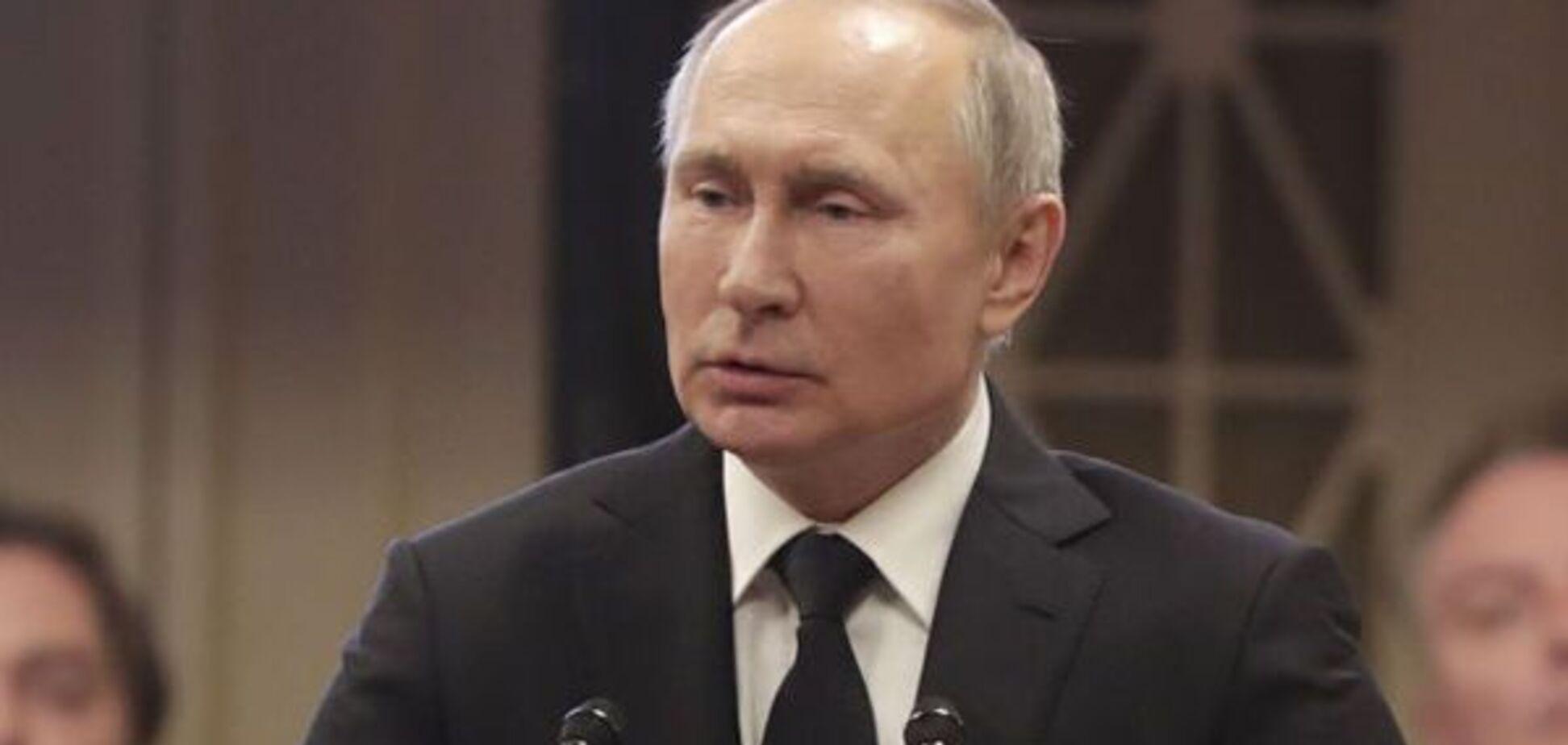 С крашенными яйцами и паской: появилось фото Пасхального стола Путина