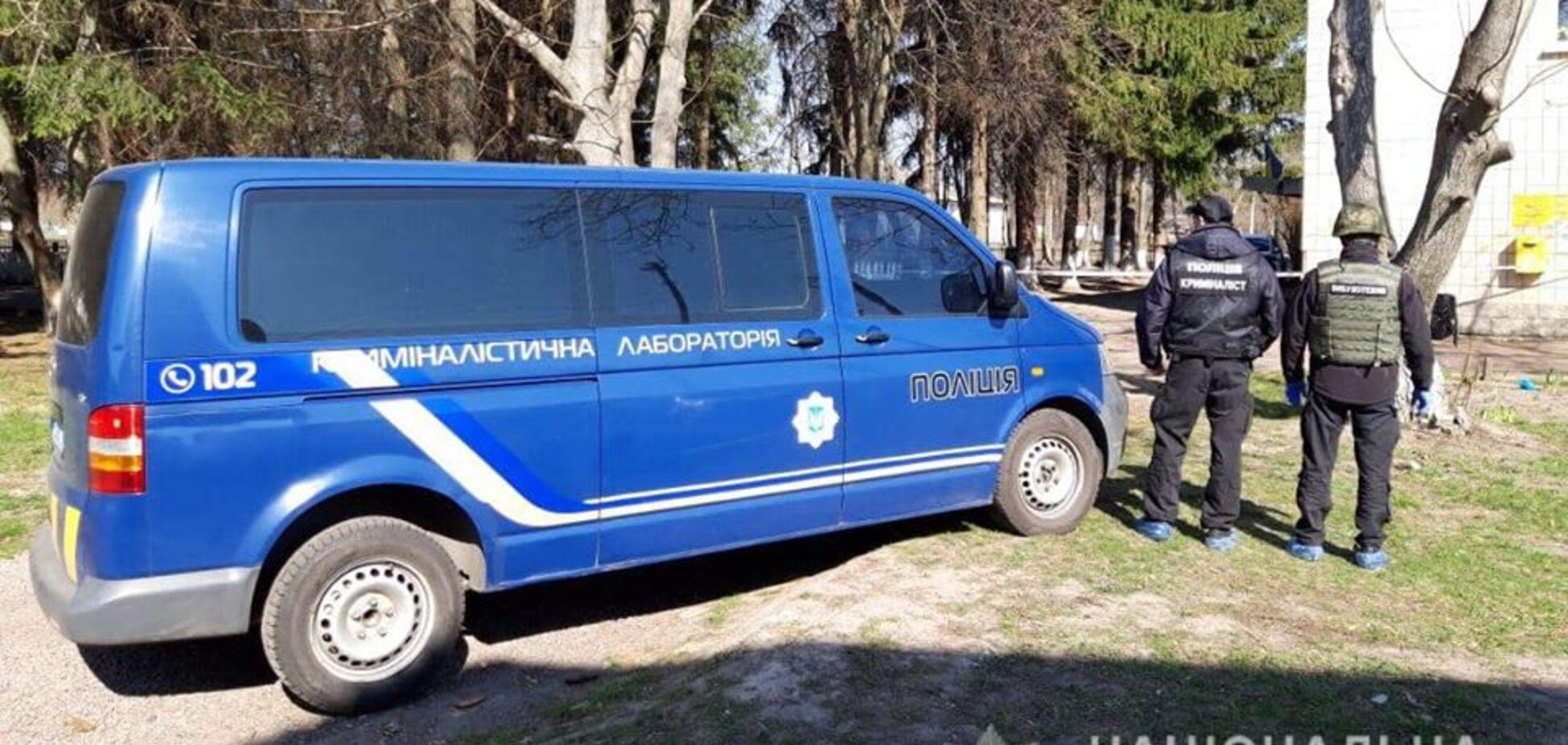 На Київщині чоловік влаштував стрілянину, а тоді підірвався на гранаті