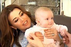 Анастасії Заворотнюк – 49: як виглядає маленька донька хворої актриси