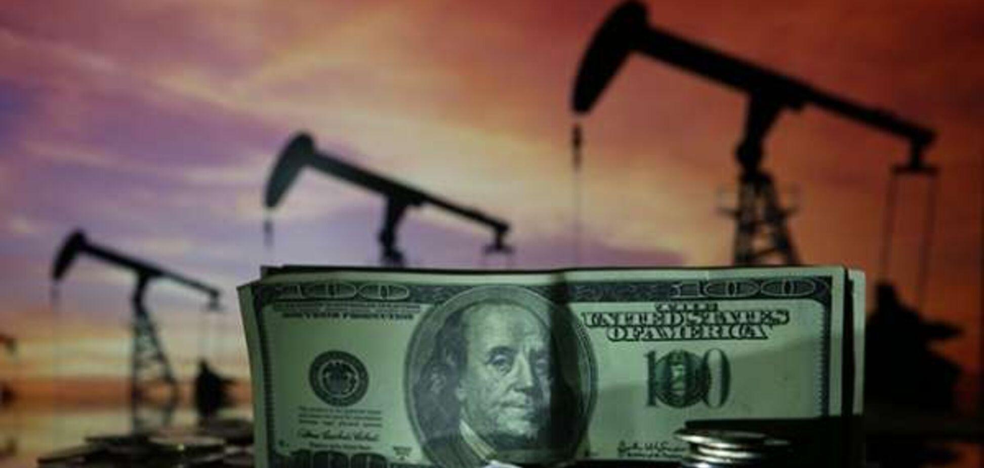 Ціни на нафту сильно впали: вартість WTI обвалилась на 25%