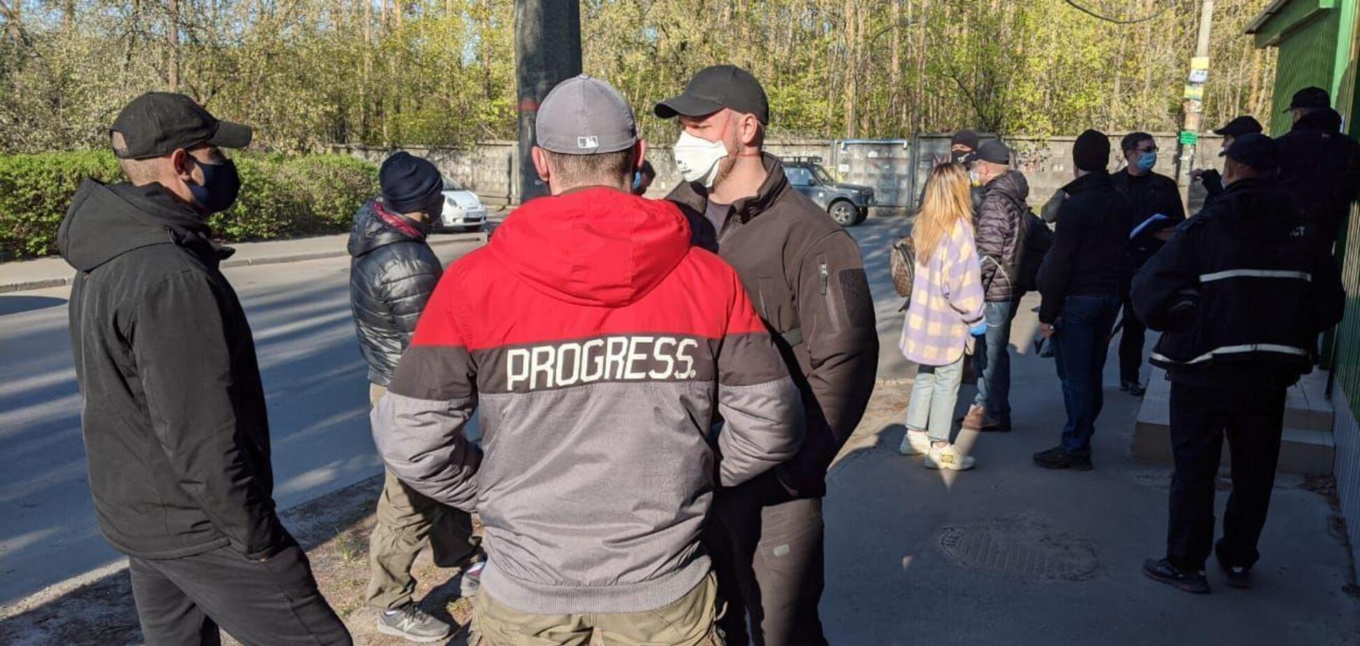 В Киеве происходит попытка рейдерского захвата имущественного комплекса