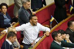 'Использую русский': депутат 'Слуги народа' отказался 'нарочито' говорить на мове