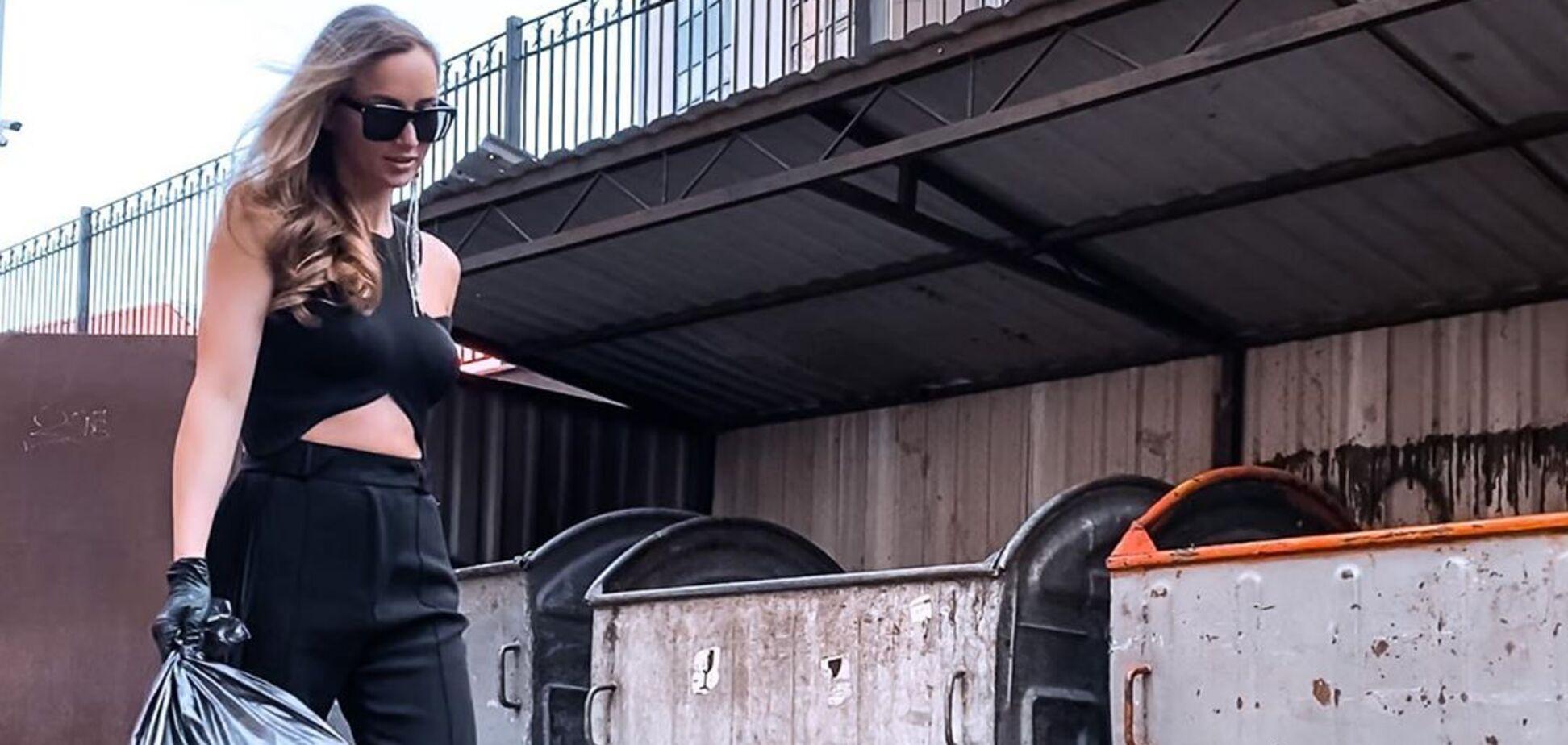 'А где маска?' Ризатдинова вынесла мусор в сексуальном наряде