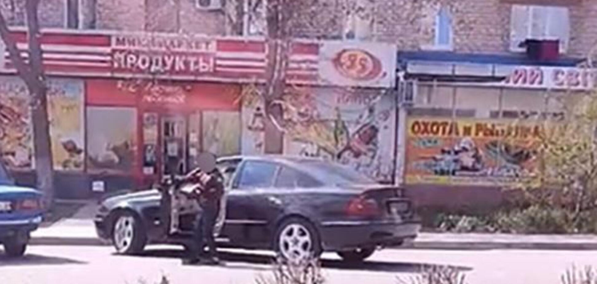 В 10 лет сам на 'Мерседесе': в Запорожской области засняли ребенка за рулем. Видео