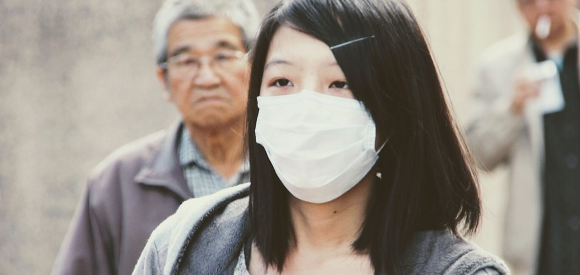 У Китаї сполошилися через новий спалах коронавірусу: винуватять Росію