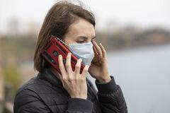 Смартфони під час пандемії коронавірусу несуть небезпеку: фахівець назвав причину
