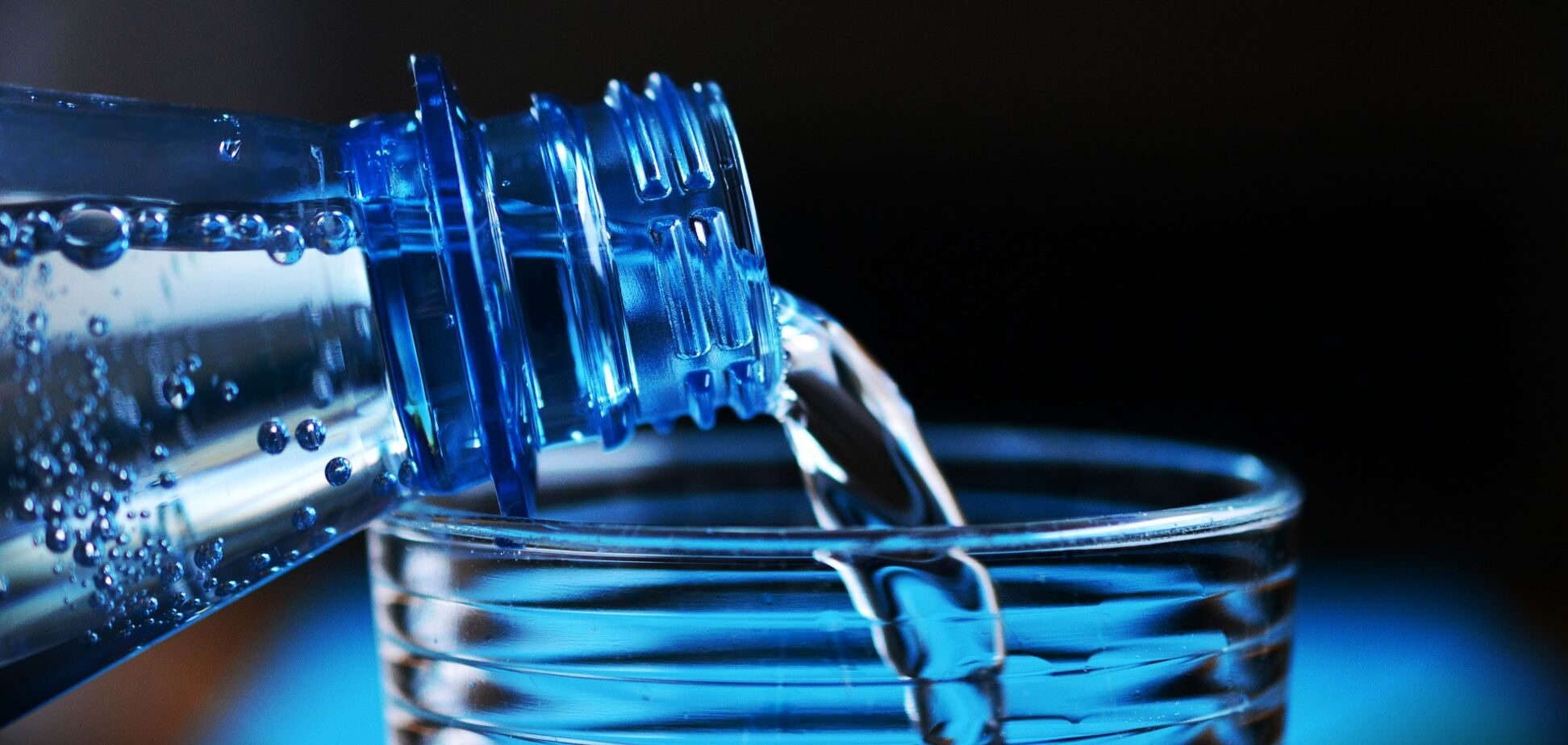 Комаровський пояснив, скільки потрібно пити води при вірусі