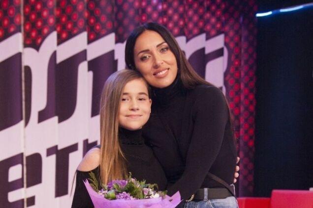 Дочь Алсу и скандал на 'Голос. Дети': за что 12-летнюю Микеллу Абрамову затравили в России