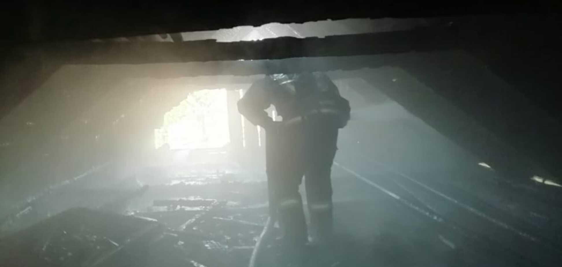У Кривому Розі жінка загинула під час пожежі у власному будинку. Фото з місця НП