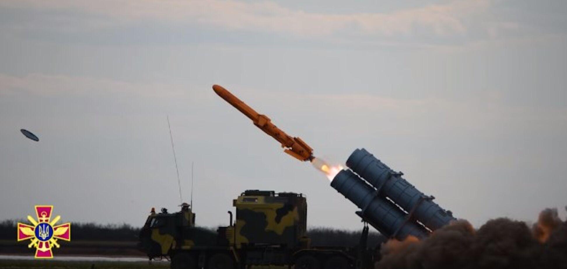 Україна випробувала ракетний комплекс 'Нептун': з'явилося видовищне відео