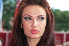 Евеліні Бльоданс – 51: відверті фото забороненої в Україні зірки 'Маски шоу'
