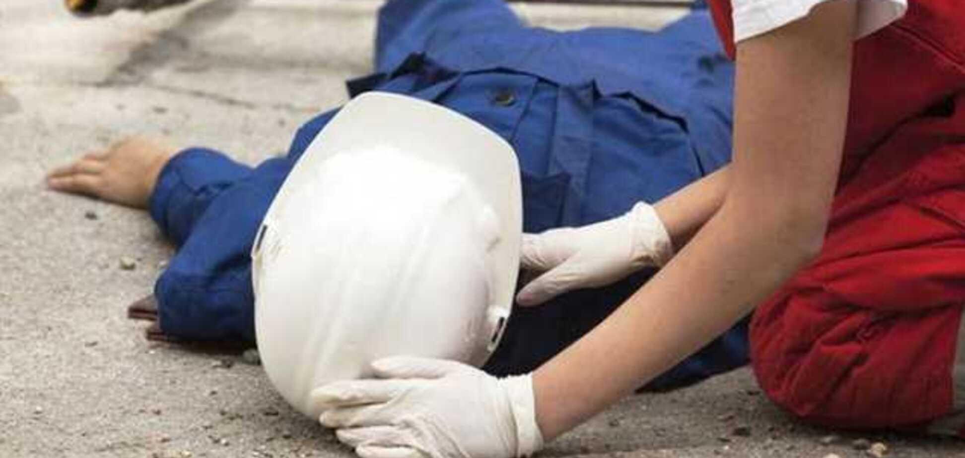 На Дніпропетровщині чоловік трагічно загинув на заводі: подробиці