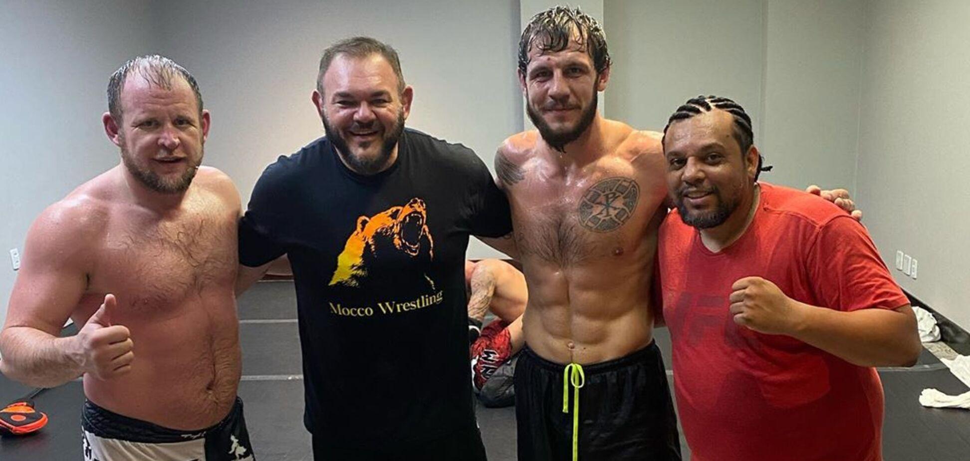 Боец UFC Никита Крылов заявил, что коронавирус передается через телевизор