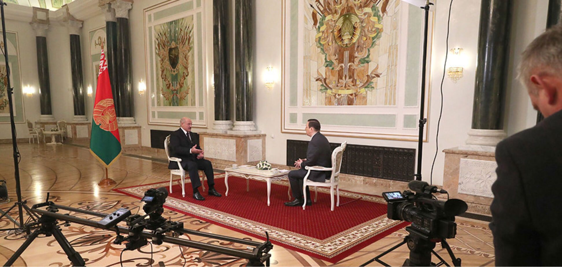 Обиженный Лукашенко собрался на 9 мая к Путину