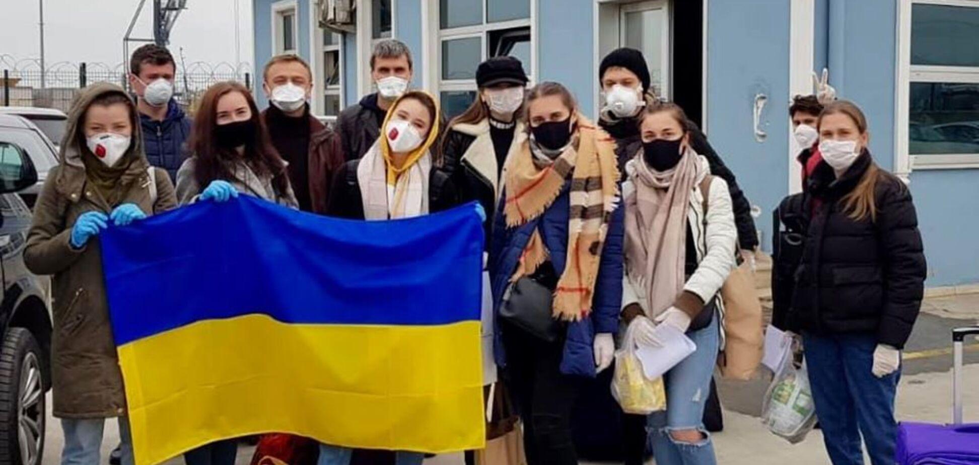 В Одессу из Турции прибыл паром с украинцами