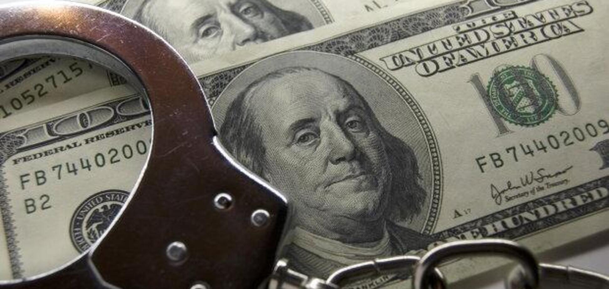 В Одессе двух полицейских поймали на взятках от наркодилера