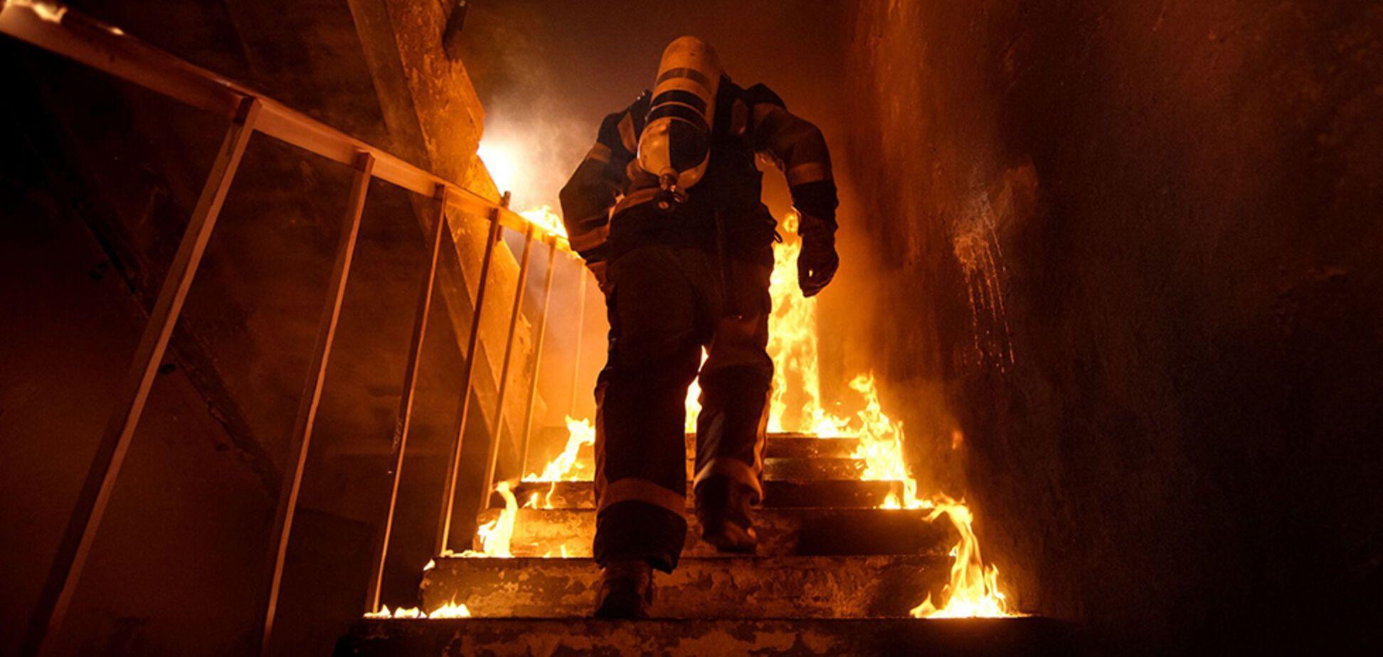 В Днепре обгорел мужчина, который пытался самостоятельно потушить пожар