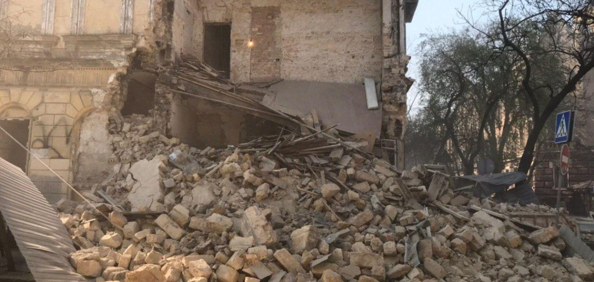 З'явилося нове відео обвалу будинку в Одесі