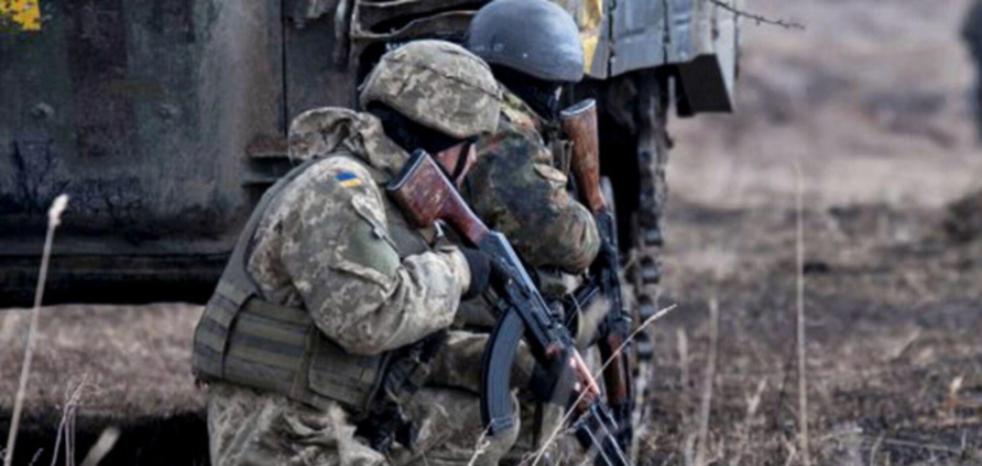 Помстилися за побратимів: ЗСУ влучним пострілом знищили авто терористів на Донбасі. Відео