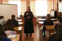 Во Львове студентов-медиков учат не делать аборты и презирать контрацепцию