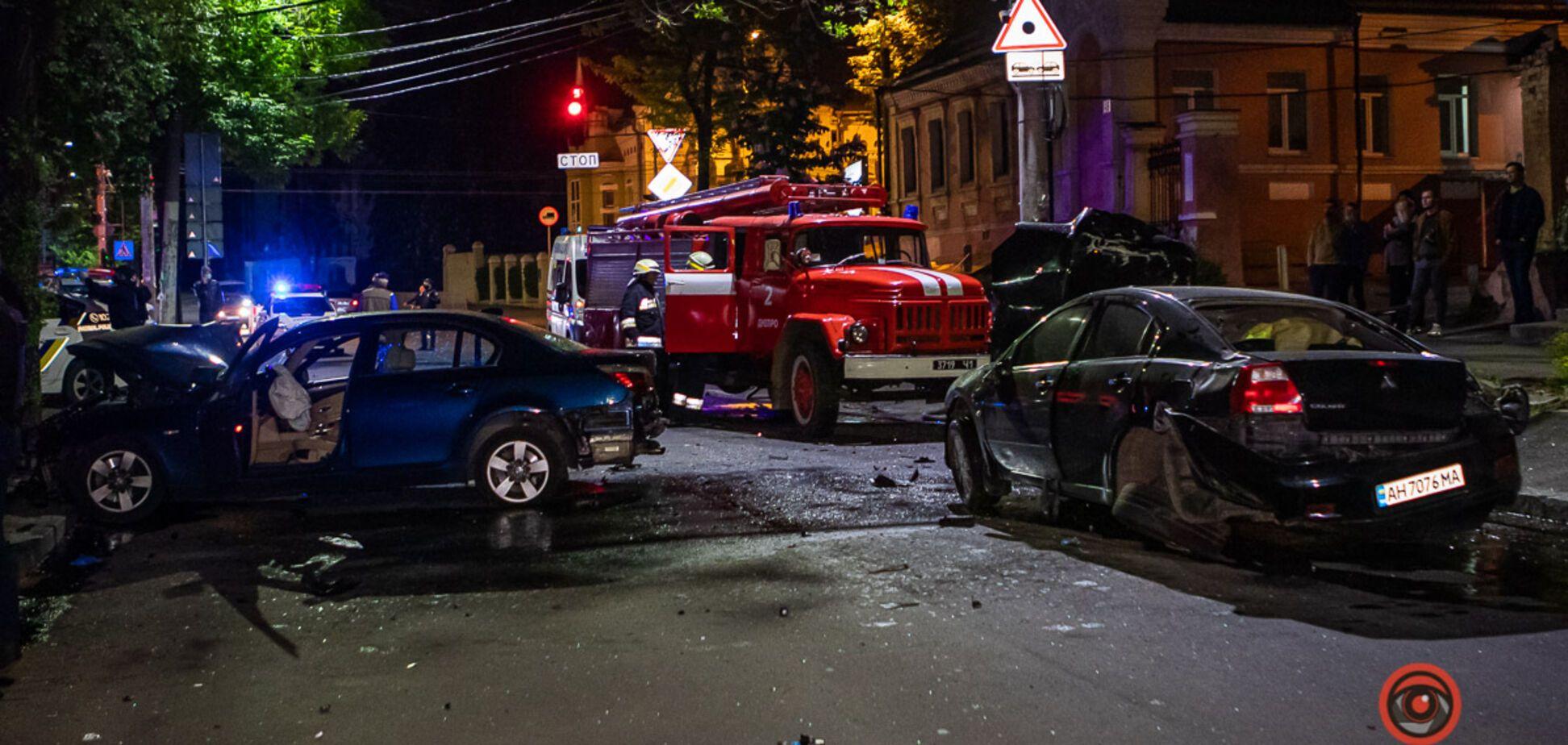 ДТП в центрі Дніпра: зіткнулися Mitsubishi і BMW