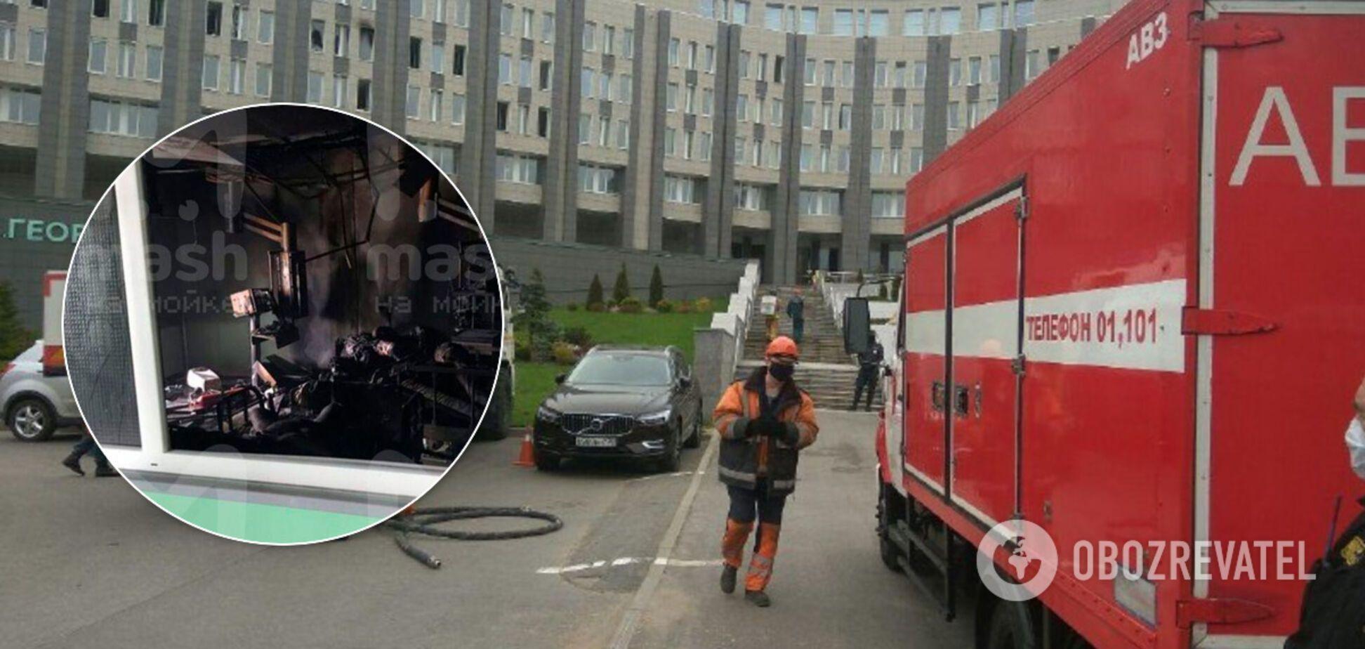 Палата полностью выгорела: появились новые кадры пожара в больнице Петербурга