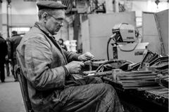 Под наблюдением спецслужб: как в СССР ездили на заработки. Архивное фото