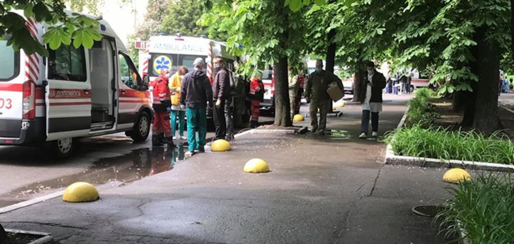 'В глазах боль и сила': в Киев прибыл борт с ранеными героями Донбасса