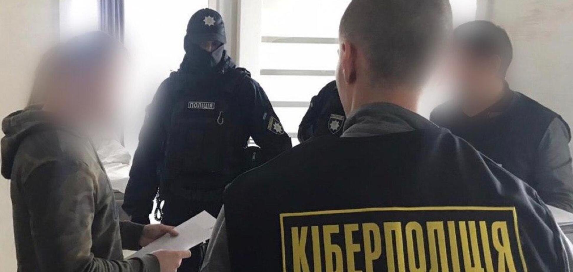 Во Львовской области хакер выводил деньги пользователей банков