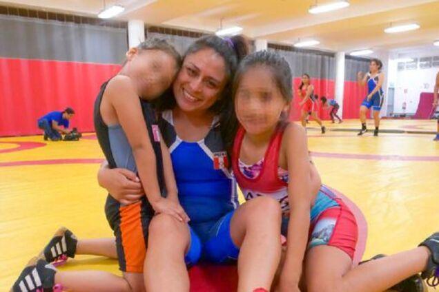 Чемпіонка Перу по боротьбі знайдена мертвою в хостелі