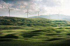 Украина прославится на весь мир, если не найдет компромисс с международными инвесторами в зеленую энергетику – Яценюк