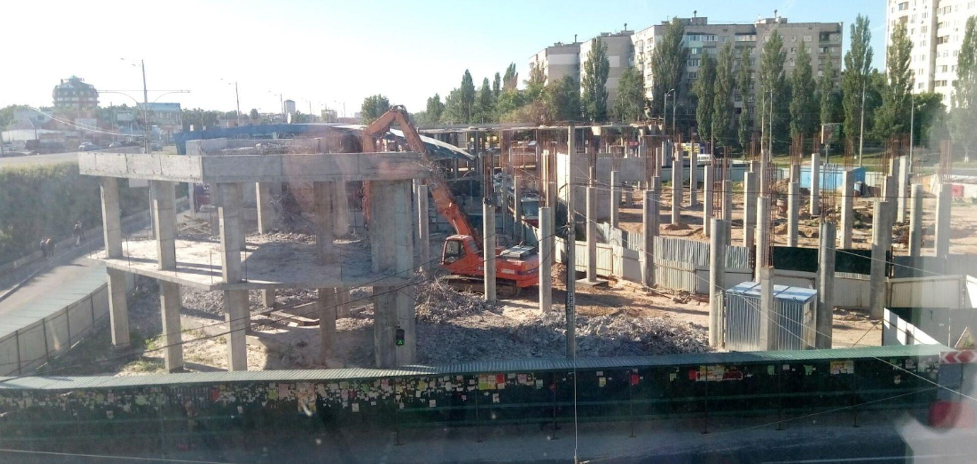 На столичній Борщагівці виник скандал через забудову на кінцевій швидкісного трамвая