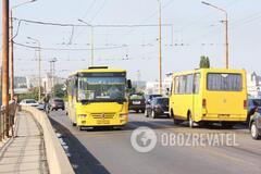 Полно людей и без пропусков: как в Днепре обстоят дела с общественным транспортом