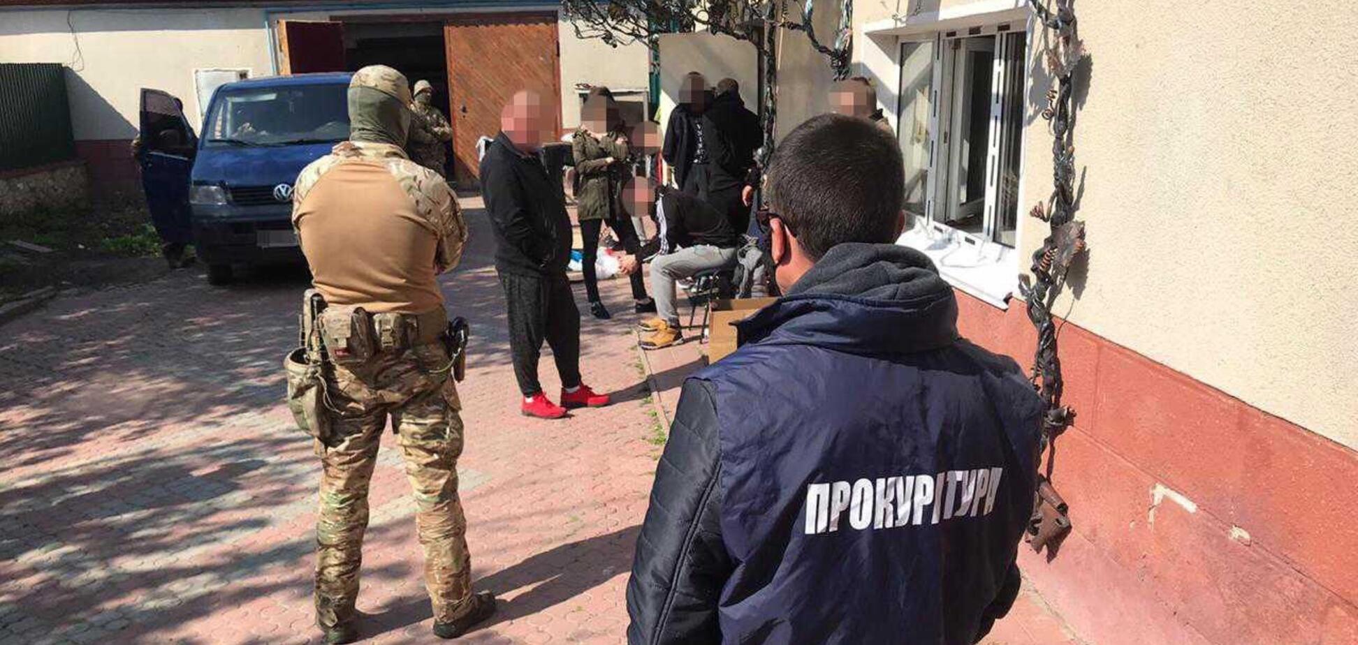 У Рівненській області під виглядом 'лікування' викрадали і катували людей – прокуратура