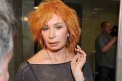 73-летнюю российскую актрису Васильеву экстренно госпитализировали с коронавирусом