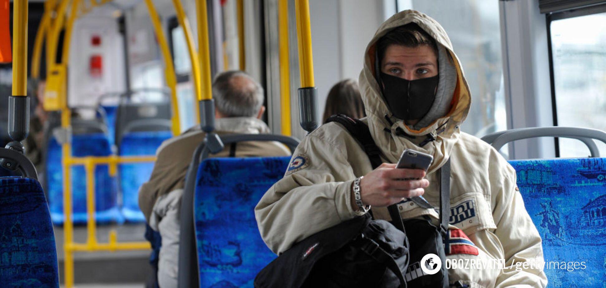 В Киеве заработал общественный транспорт, но с перебоями. Фото